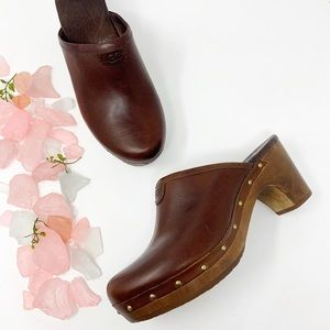 UGG Brown Leather Abbie Clogs Boho Chic Sz 7